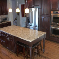 ... -w249-h249-b0-p0--traditional-kitchen-islands-and-kitchen-carts.jpg